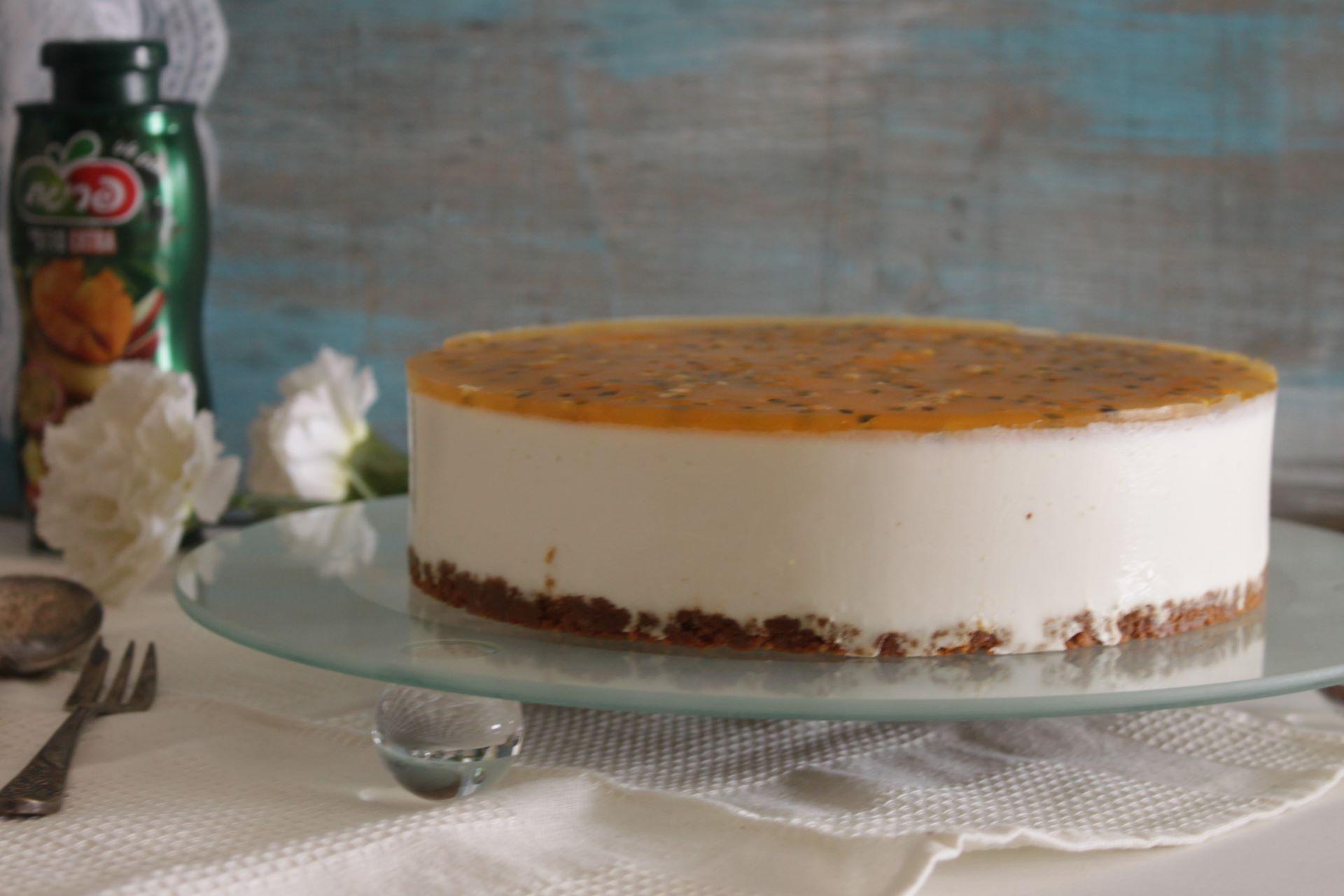 עוגת גבינה בציפוי פסיפלורה